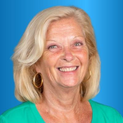Headshot of Vicki Thomas